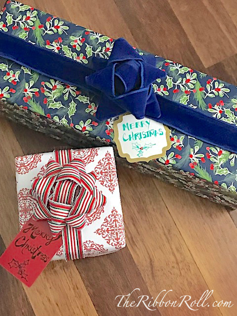 Classic Gift Bows With Ribbon